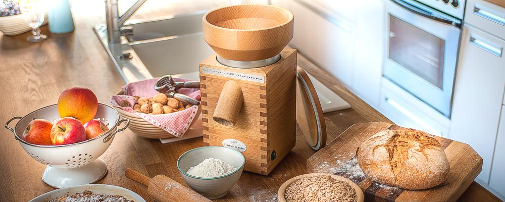 KoMo_grain_mills_electric_wood_classic_kitchen_1000