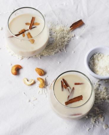 leche de castanas de caju con coco